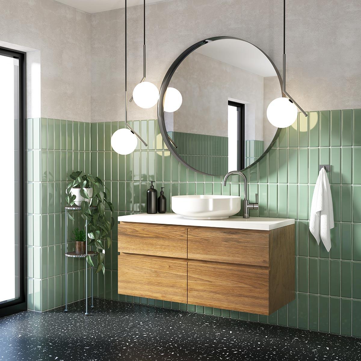 Bagno contemporaneo con pavimento nero e piastrelle verde vintage.