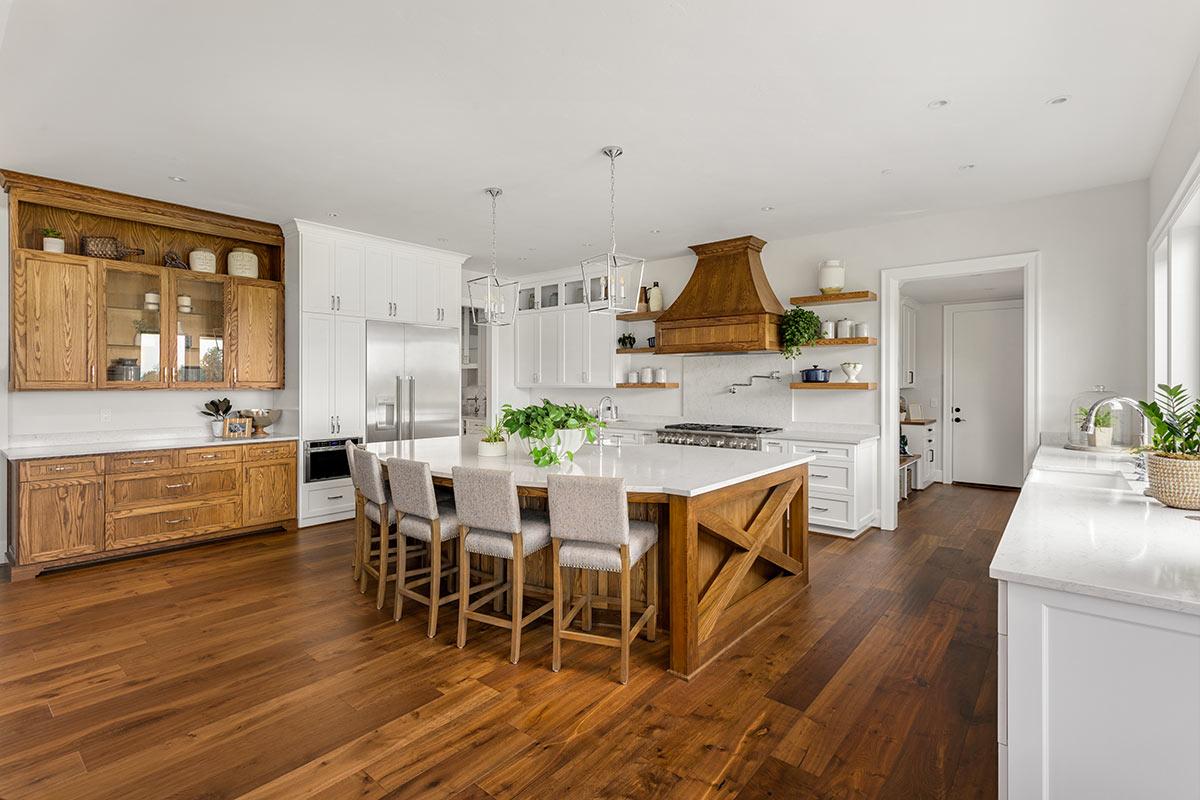 Cucina in legno moderna.