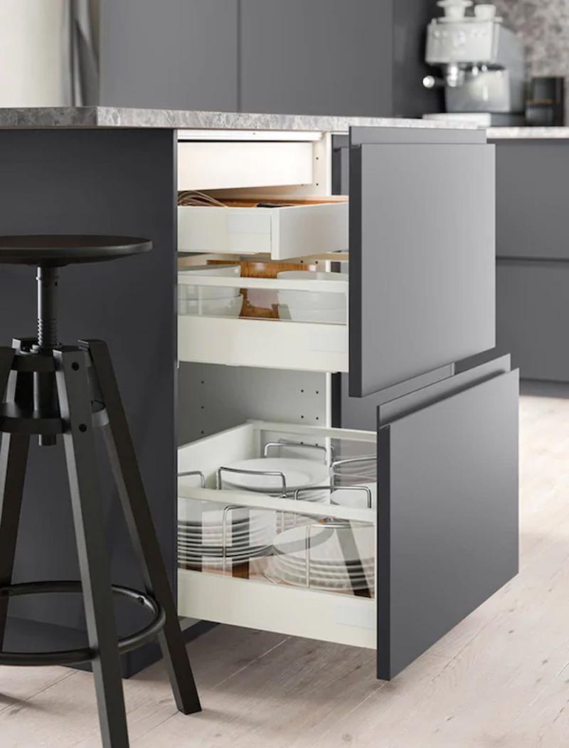 La cucina VOXTORP grigio opaco IKEA.