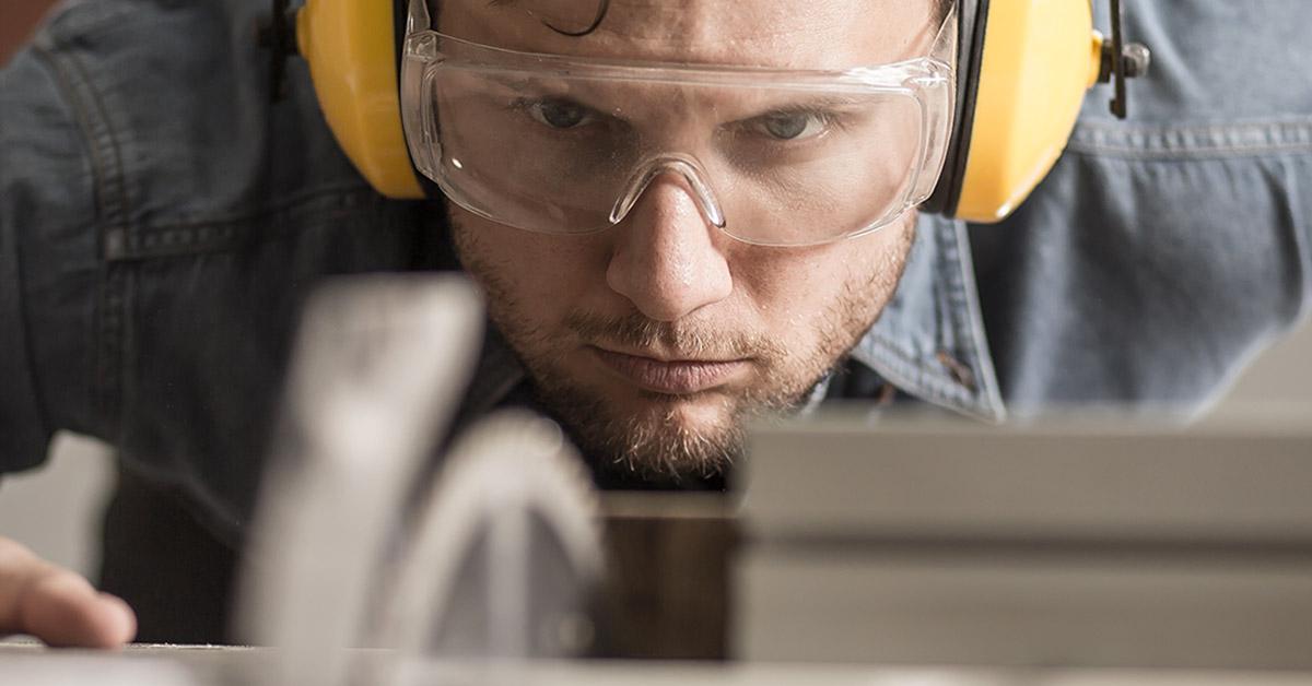 il lavoro del falegname, prestazioni e costi