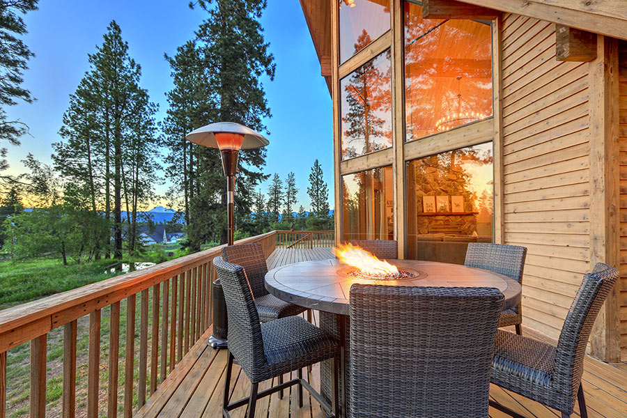 Bellissima veranda in legno.