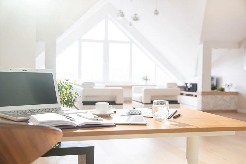 Spunti e idee su come creare una postazione per lavorare da casa