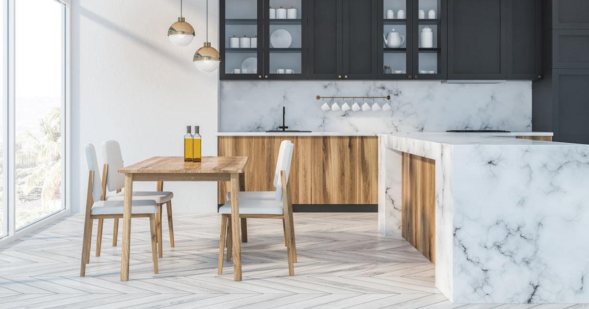 gres porcellanato effetto marmo in cucina